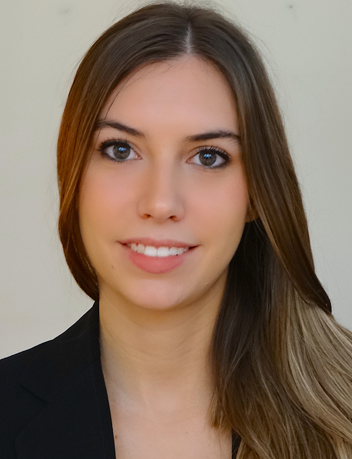 <div class=ProfilGlobal>	<span class=profilName>Valeria</span>	<br>	<br>		Age: 25	<br>	Master Degree in International Cooperation Policies for development	<br>	<br>	<span class=profilBold>Italian</span>: native	<br>	<span class=profilBold>French</span>: bilingual	<br>	<span class=profilBold>English</span>: bilingual	<br>